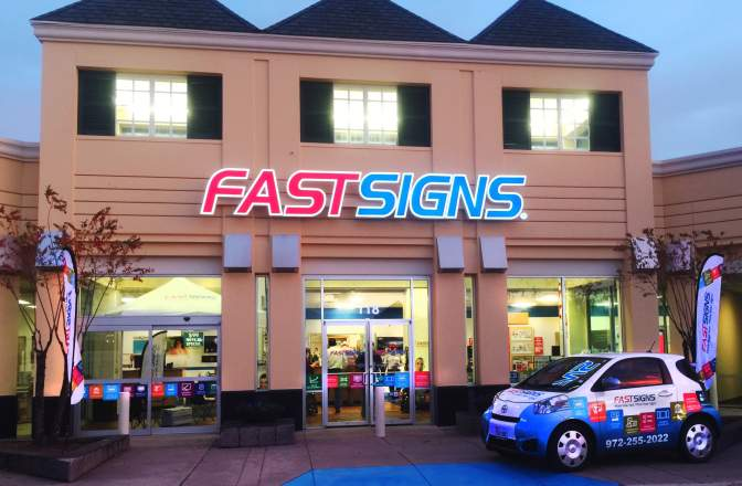 Franquia Fast Signs