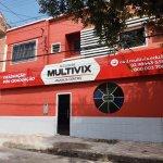 Faixada de uma das unidades da Faculdade Multivix em Manaus. Imagem ilustrativa texto franquia multivix.