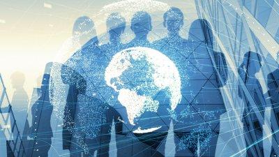 Montagem em tom azulado com a sinueta de vários empresários, prédios comerciais e um globo terrestre no centro. Imagem ilustrativa texto formatar uma franquia